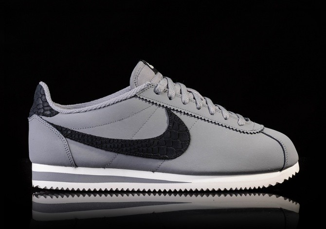 detailed look 98176 a8977 NIKE CLASSIC CORTEZ LEATHER SE COOL GREYBLACK-PURE PLATINUM-SAIL