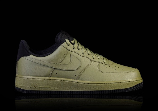 NIKE AIR FORCE 1 '07 PALM GREEN