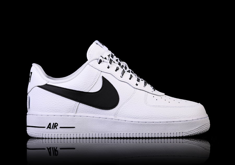 5b4d5f59a31 NIKE AIR FORCE 1  07 LV8 NBA PACK WHITE BLACK per €97