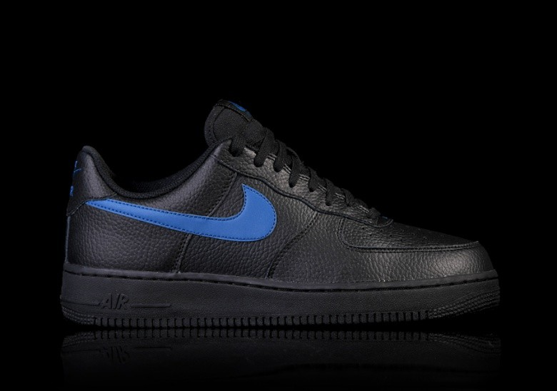 super popular 71be1 ca30b NIKE AIR FORCE 1  07 BLACK BLUE