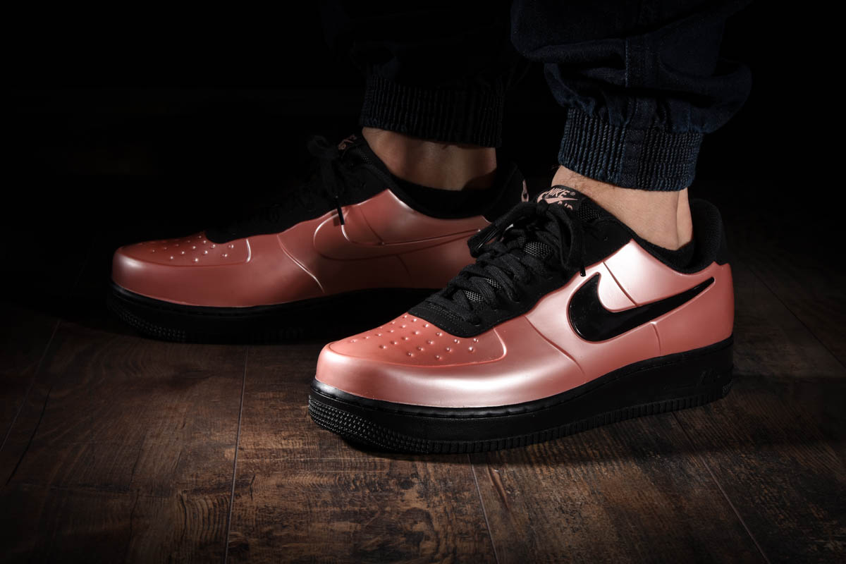 Nike Athletic Shoes for Men Clothing