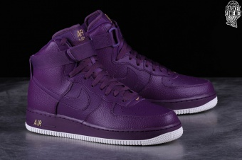 NIKE AIR FORCE 1 HIGH '07 NIGHT PURPLE por €102,50