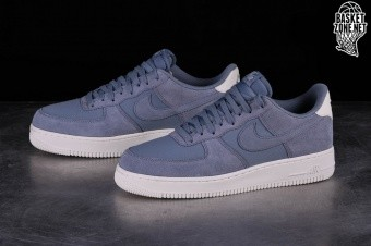 sports shoes 6c594 357a9 NIKE AIR FORCE 1 '07 SUEDE ASHEN SLATE per €109,00 | Basketzone.net