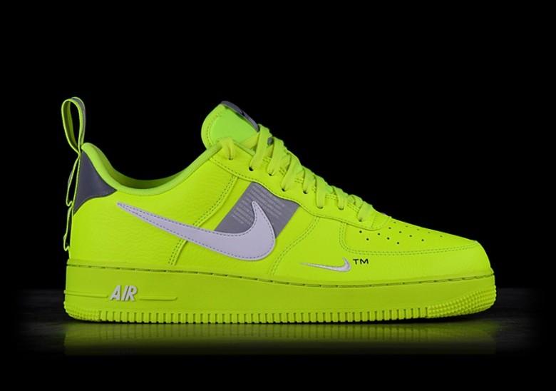 nike air force 1 utility nere green