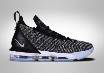 premium selection 3bb92 0e78f BASKETBALL SHOES. NIKE LEBRON 16 OREO