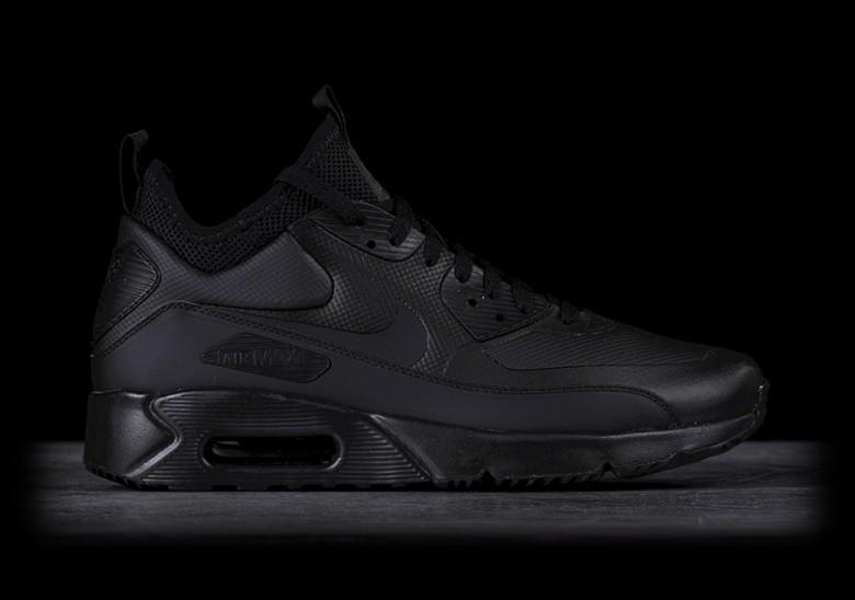Nike Air Max winter jacket black