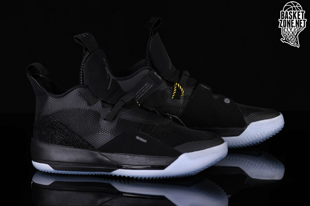 the latest ef24a b6d33 NIKE AIR JORDAN 33 BLACKOUT