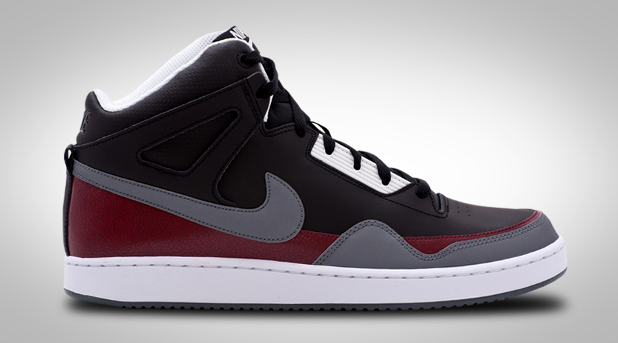 NIKE ALPHA BALLER MID BLACK RED