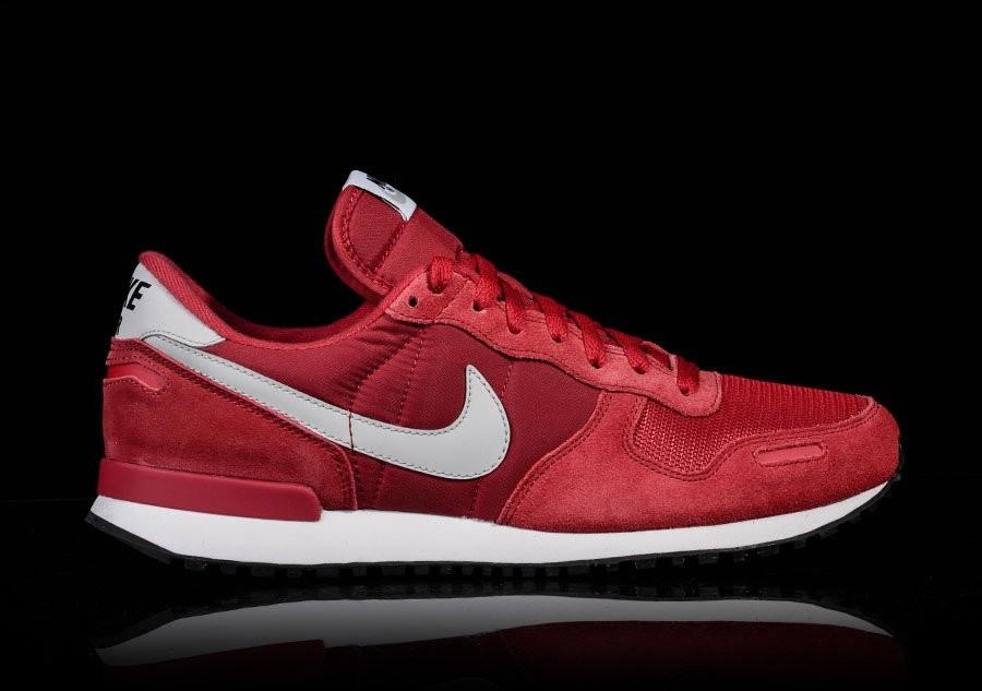 3a276404b7 Nike Air Vortex Retro Team Red - Musée des impressionnismes Giverny